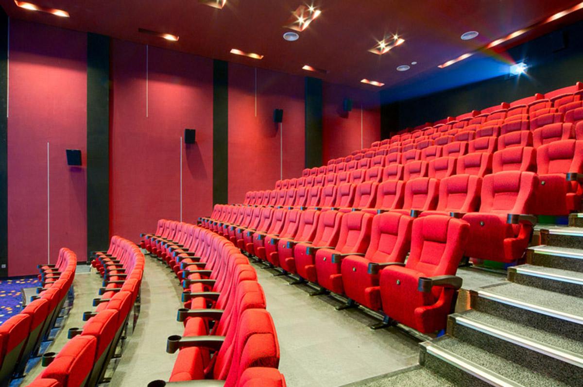 卢龙安全体验4D影院