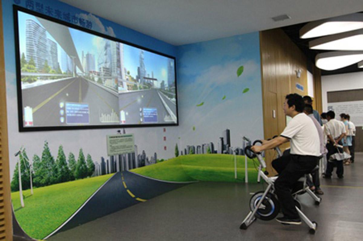 孟村安全体验虚拟自行车驾驶