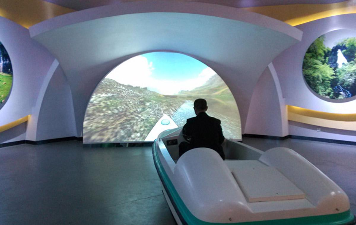 安全体验虚拟驾驶设备.jpg