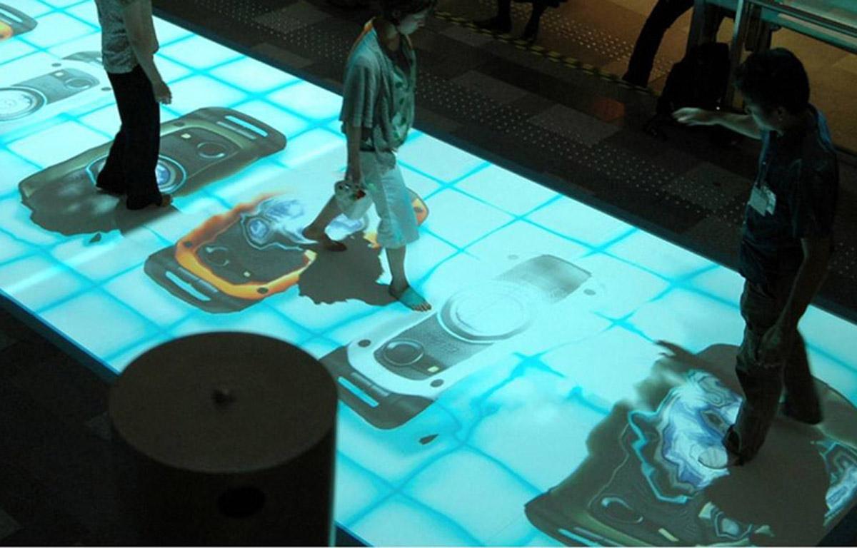安全体验互动投影系统