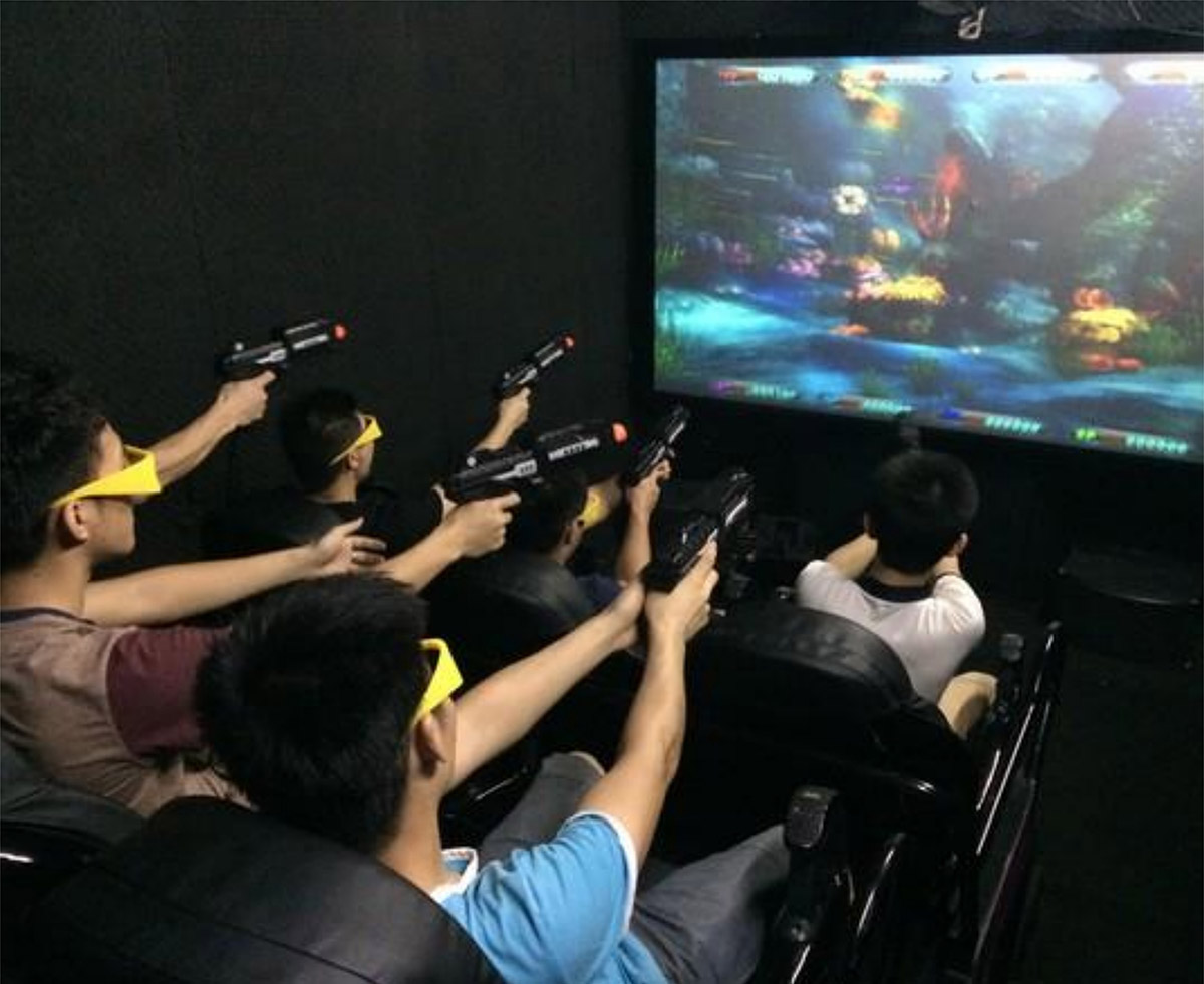 安全体验7D互动游戏影院