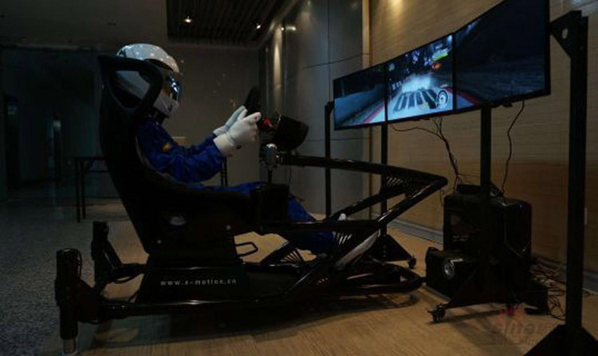 安全体验超逼真赛车游戏模似设备.jpg