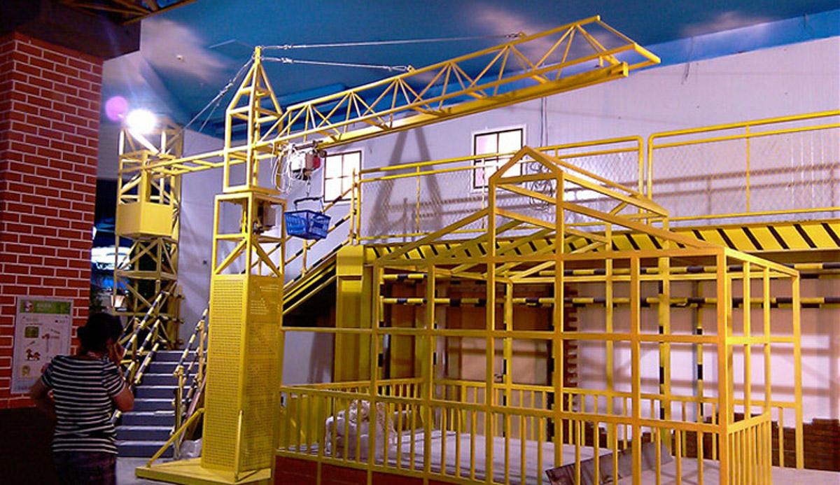 安全体验塔吊模拟体验