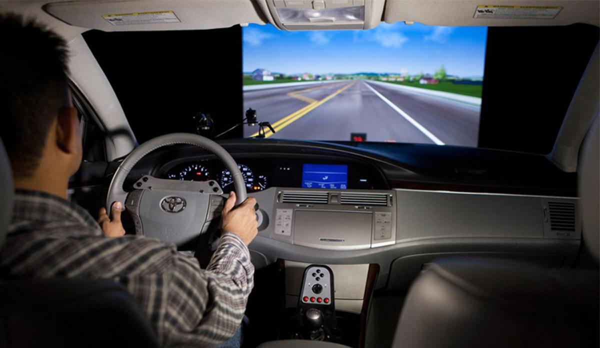 安全体验动感汽车驾驶模拟器