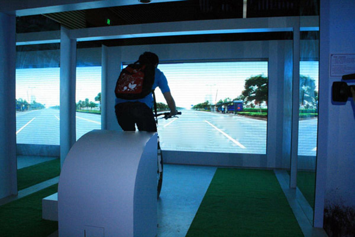 剑阁安全体验单车模拟驾驶