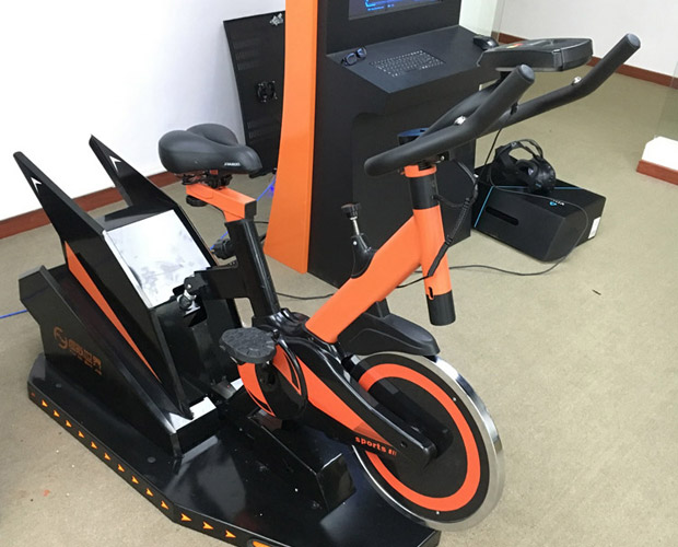 高平安全体验VR健身车